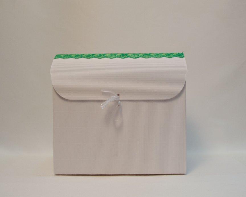 Cufar bani alb cu verde