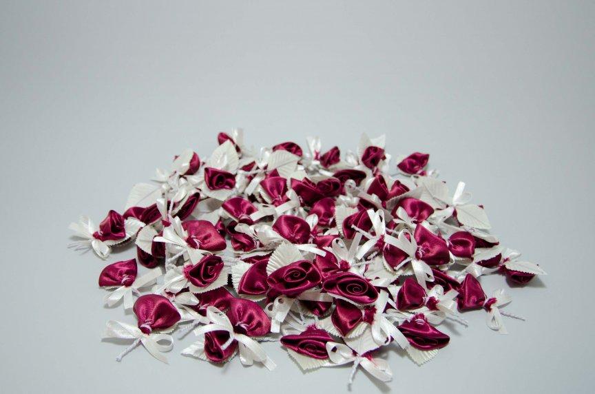 Cocarde trandafir visiniu